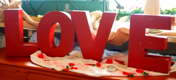 We're lovin' these foot high 3-d letters from our friends at Foreside Home & Garden!